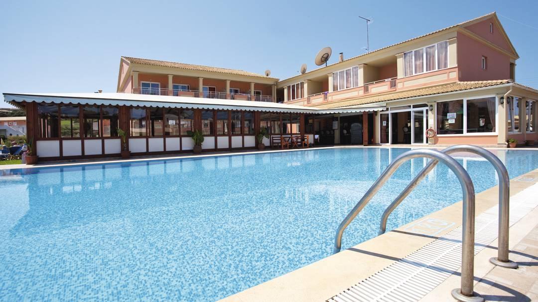 Thomas Bay Hotel San Stefanos