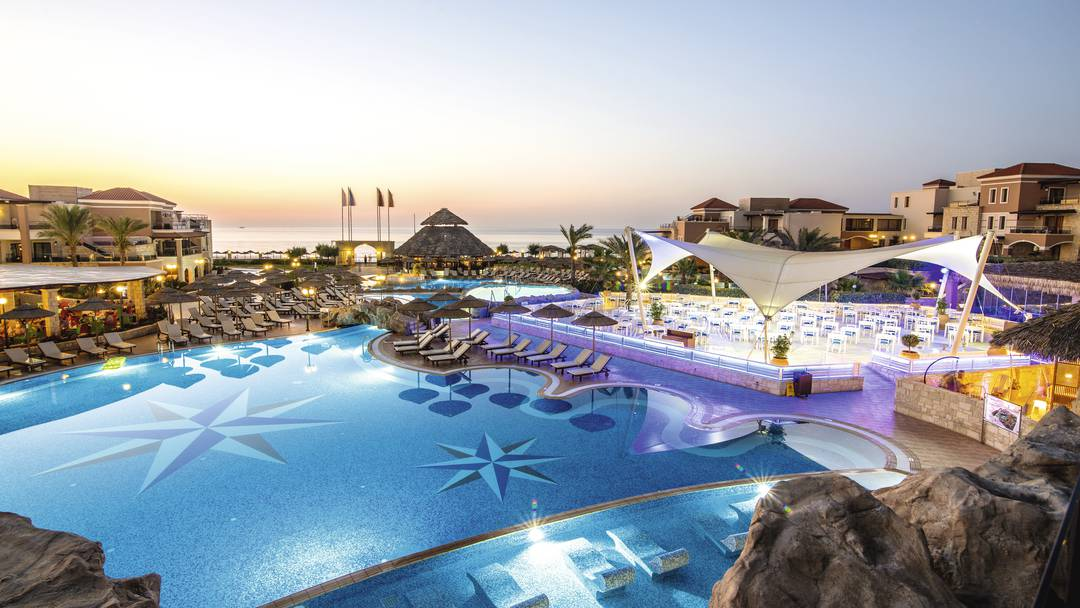 Hotels With Swim Up Rooms Thomson